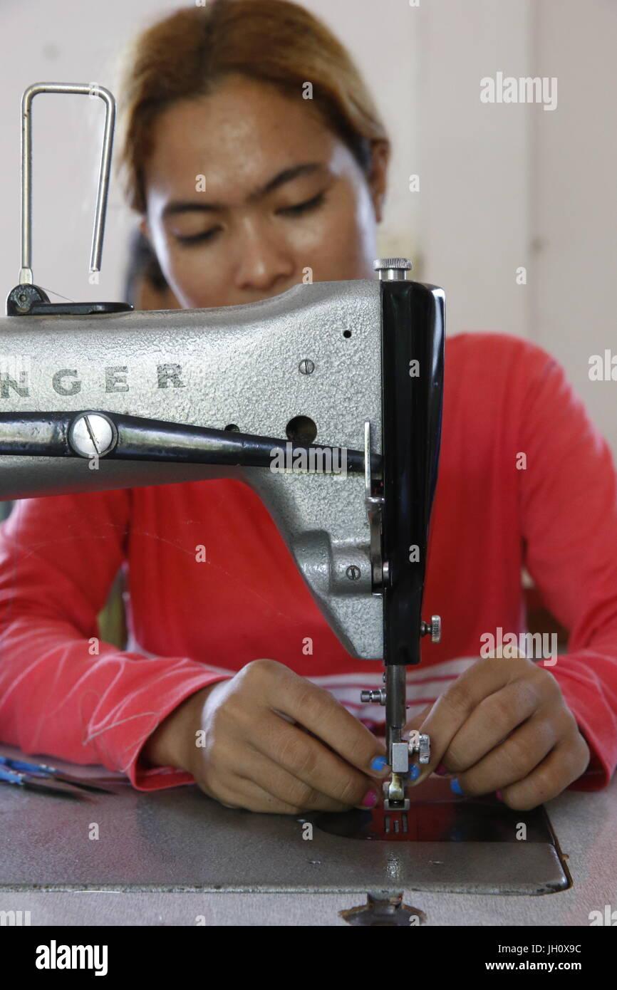 Atelier de génération de revenus gérés par KNK Cambodge (ONG japonaise). Le Cambodge. Photo Stock
