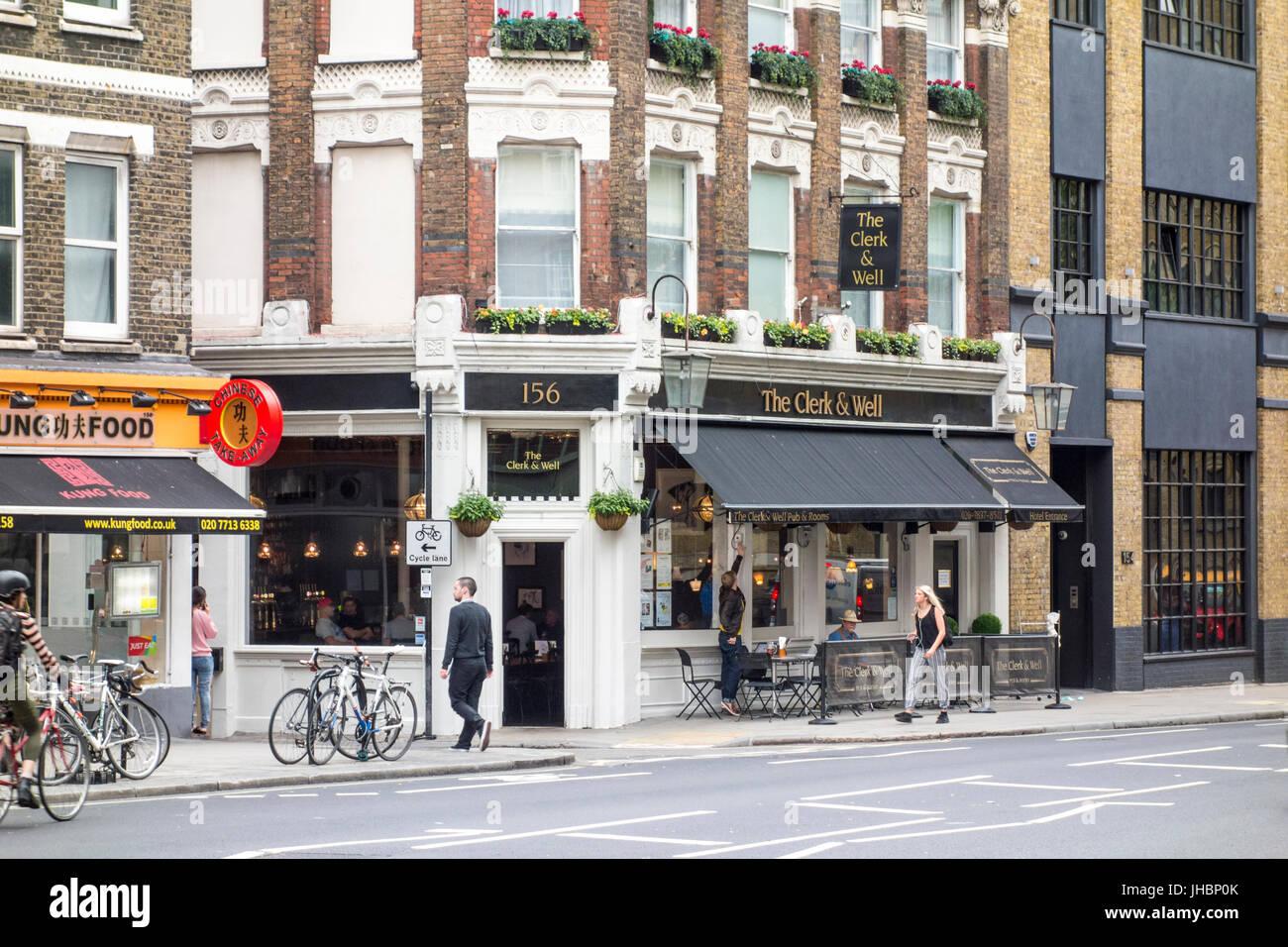 Le Greffier et le bien public house pub bar, Clerkenwell, London, UK Photo Stock