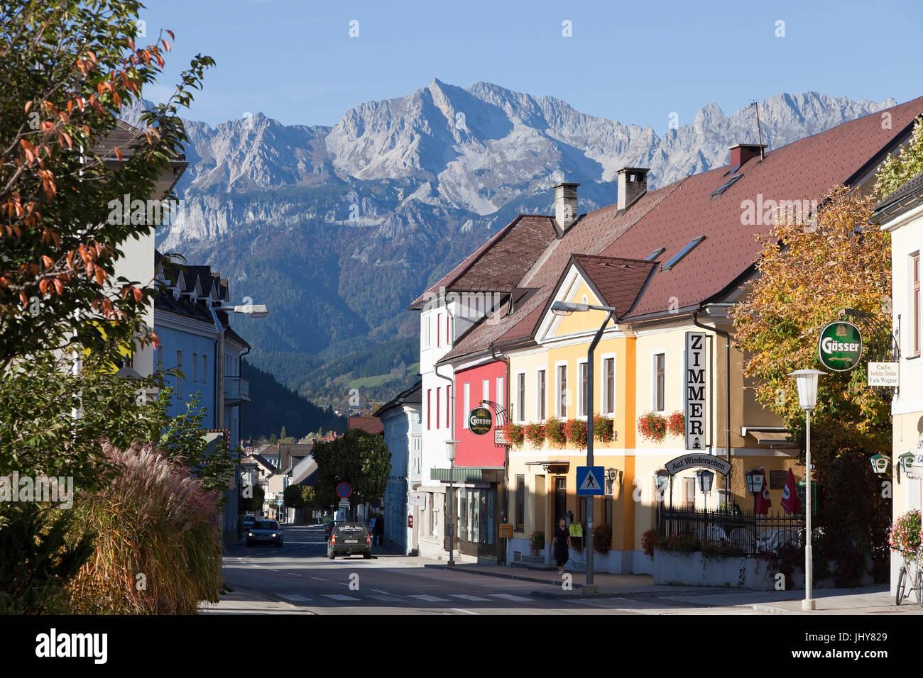 Voir d'Admont, Styrie, Autriche - la ville d'Admont, l'Autriche, Styrie, Ansicht von Admont, Steiermark, Photo Stock