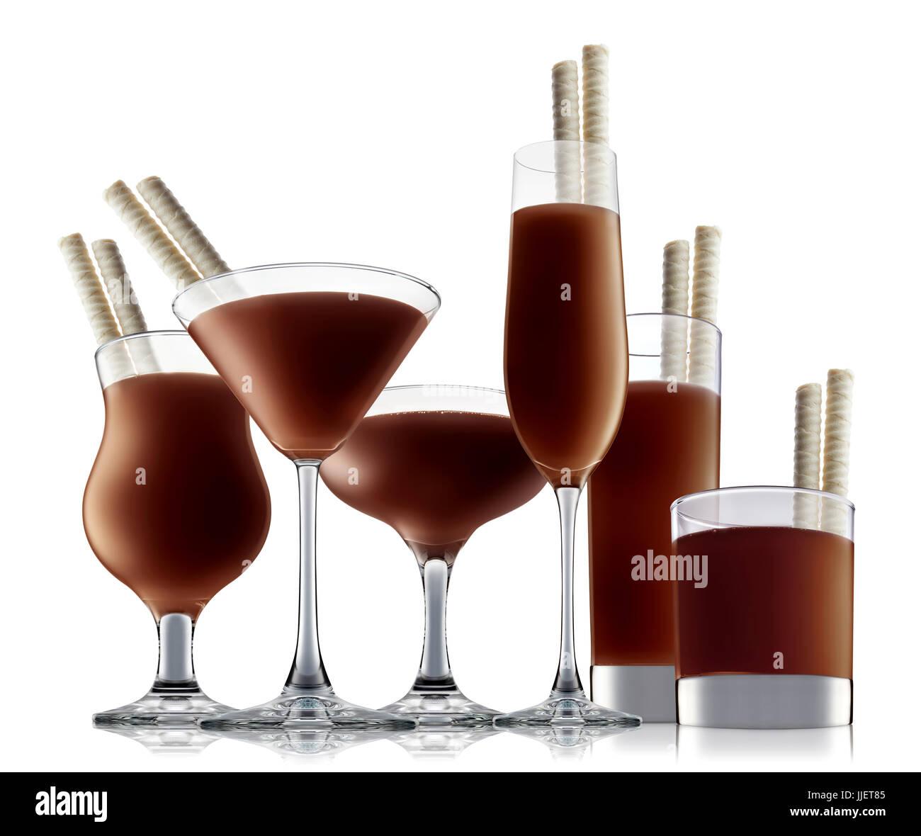 Cocktail alcool isolé sur fond blanc Banque D'Images