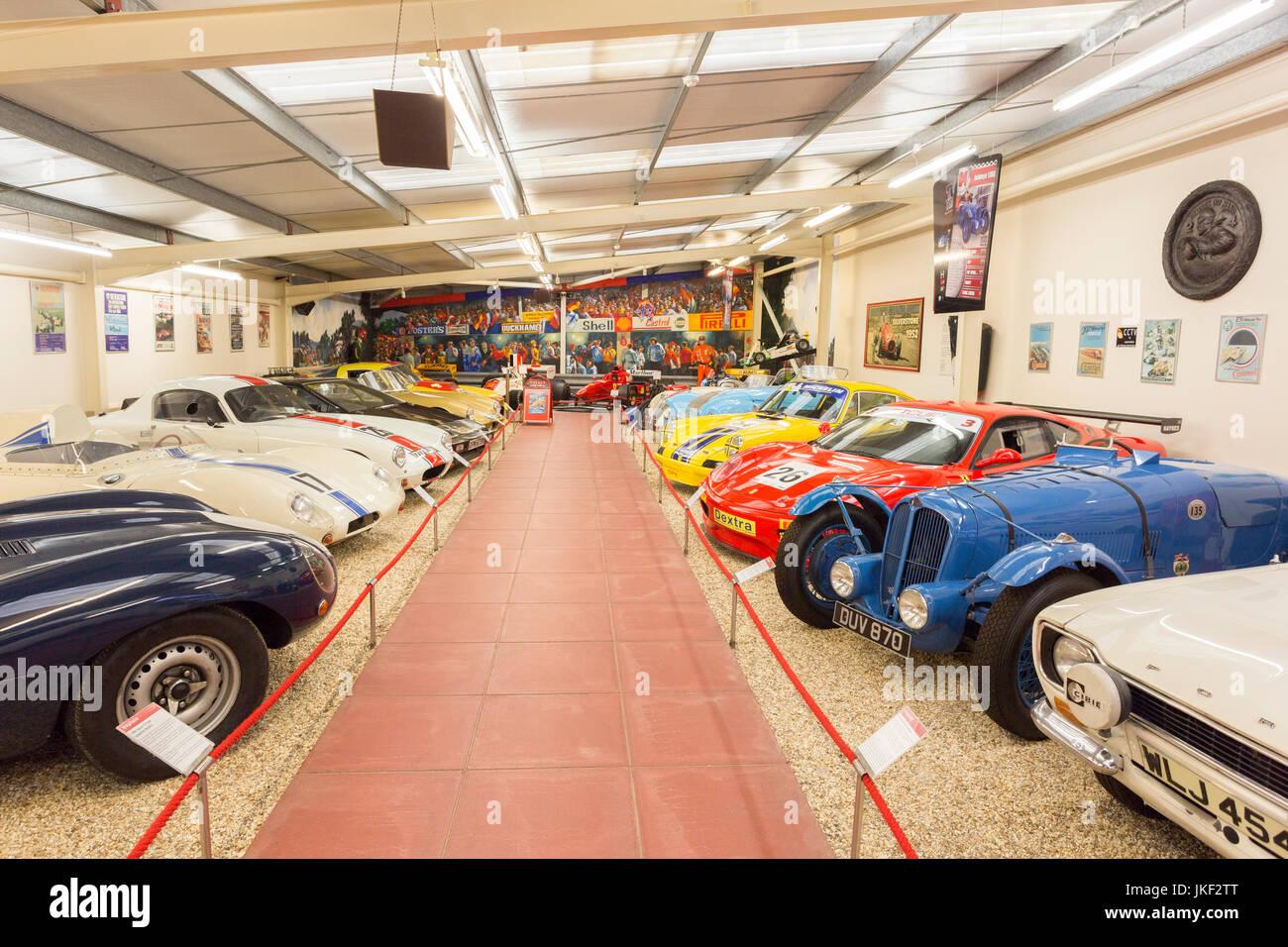 La salle de sport automobile dans le Haynes International Motor Museum, Sparkford, Somerset, England, UK Photo Stock