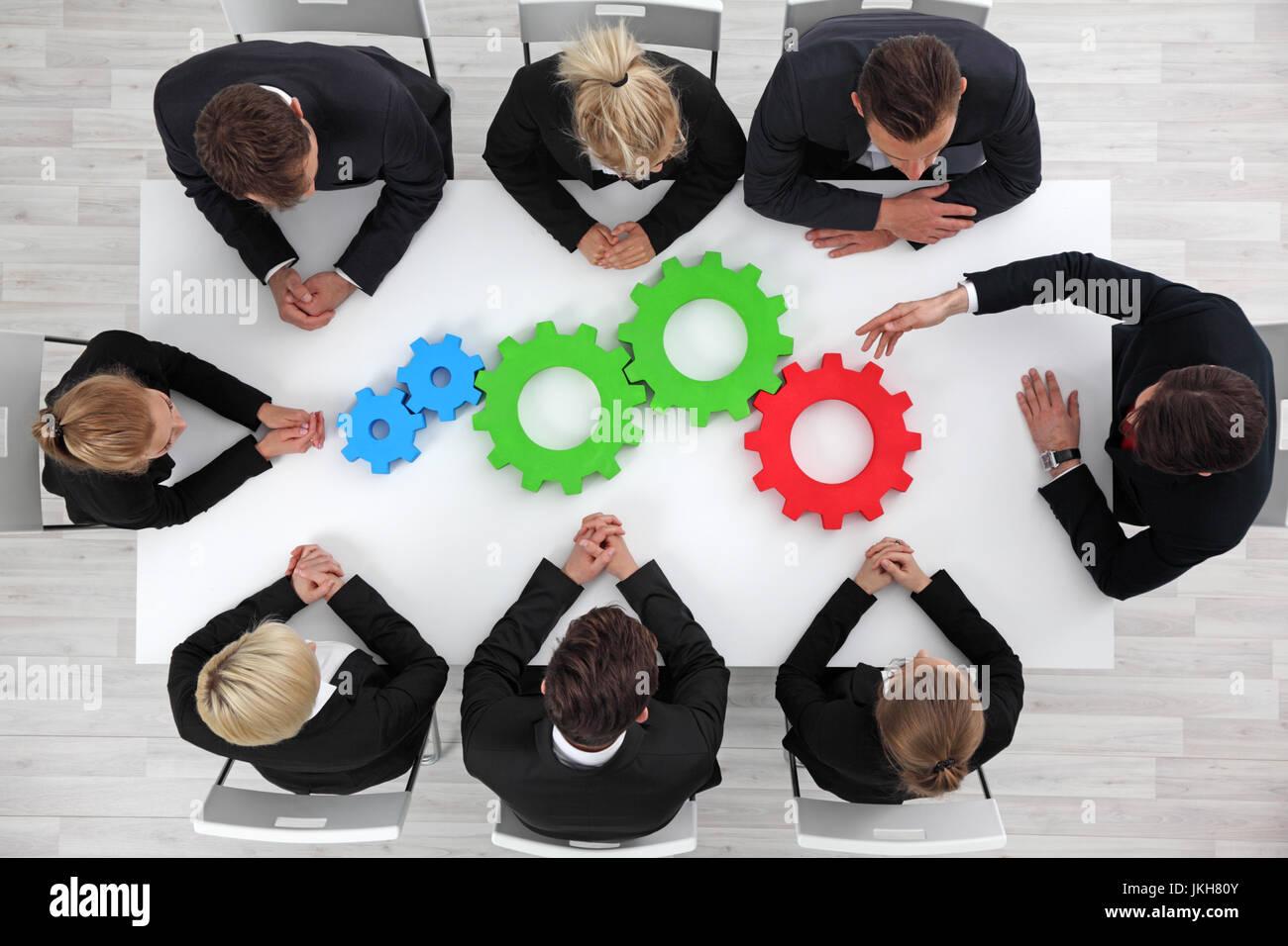 Solution des problèmes opérationnels, mécanisme d'affaires, concept d'équipe, travail Photo Stock