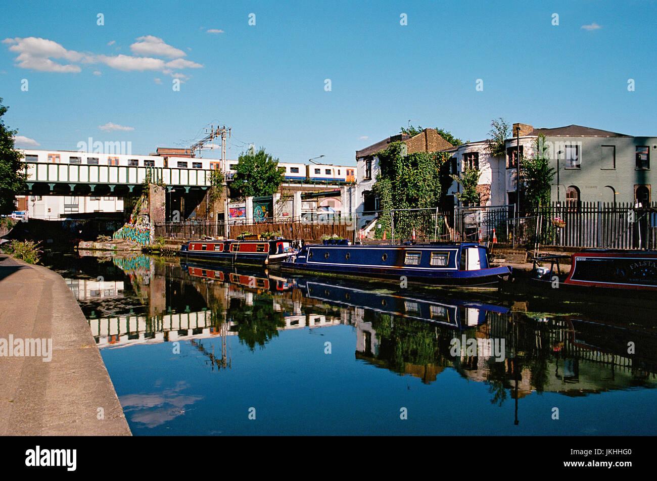 Le Regents Canal près de South London, East London, Great Brirain Photo Stock