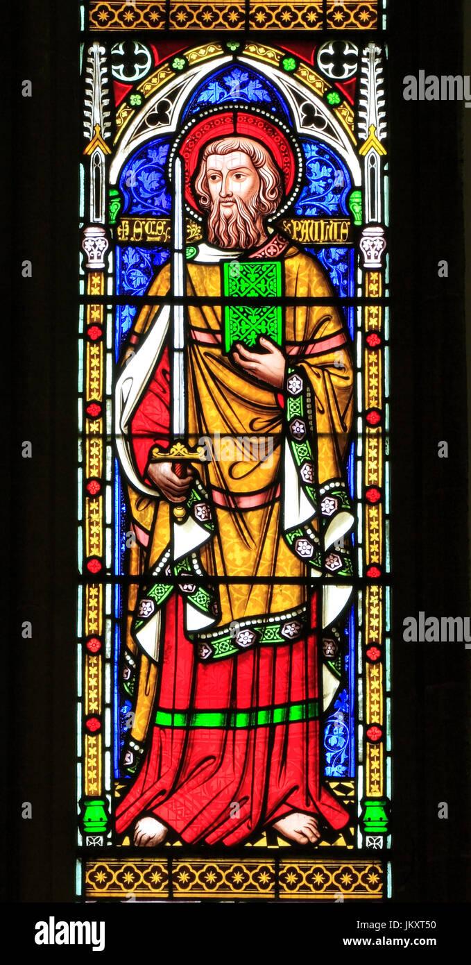 Saint Paul, saint, avec une épée, vitrail par William Wailes, 1853, Thetford, Norfolk, England, UK Photo Stock
