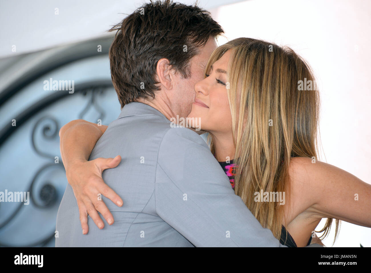 Los Angeles, USA. 26 juillet, 2017. LOS ANGELES, CA. 26 juillet 2017 : acteurs Jason Bateman et Jennifer Aniston au Hollywood Walk of Fame Star Cérémonie en l'honneur acteur Jason Bateman. Crédit photo : Sarah Stewart/Alamy Live News Photo Stock