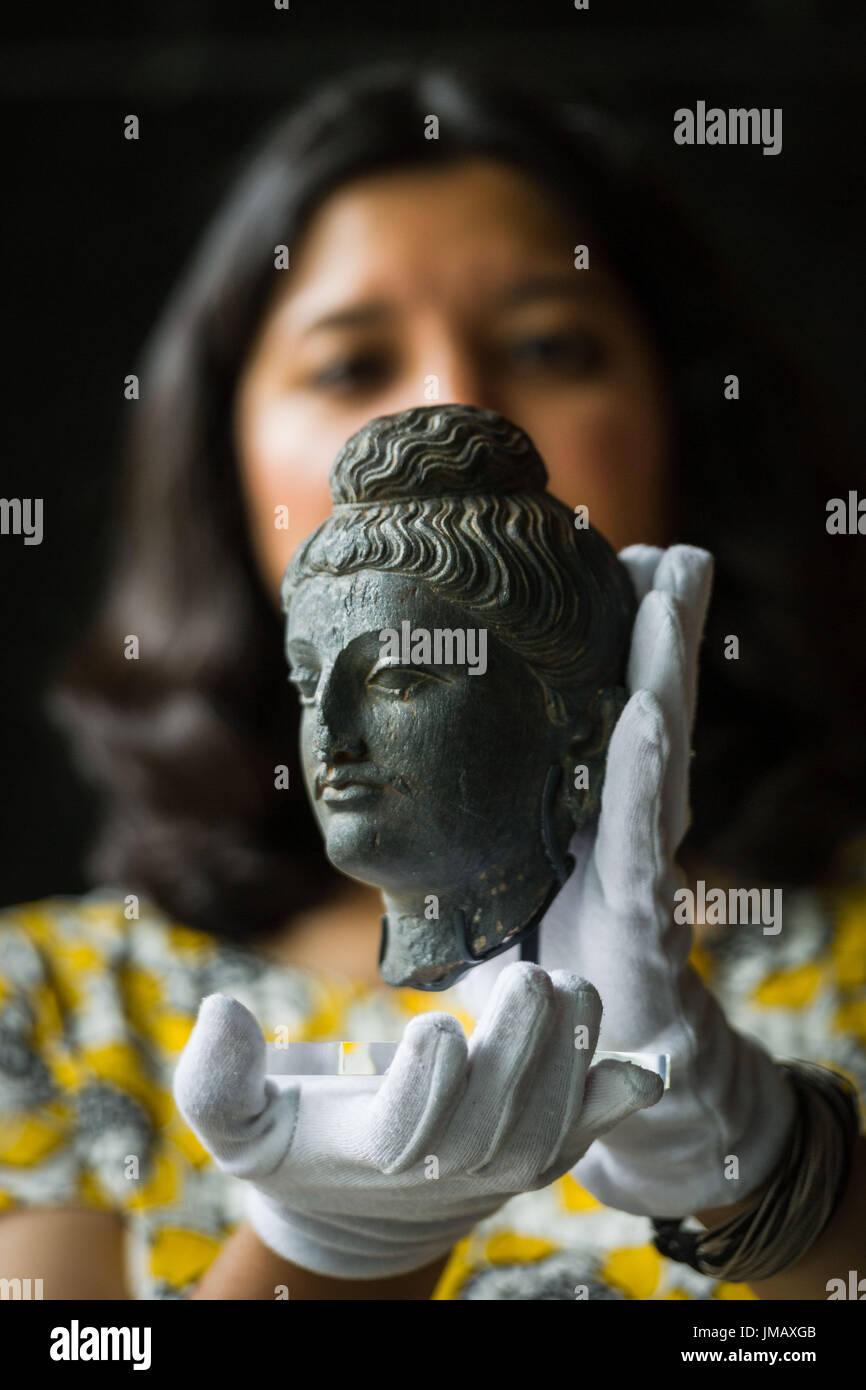 bouddhiste datant du Royaume-Uni définition de la datation occasionnelle