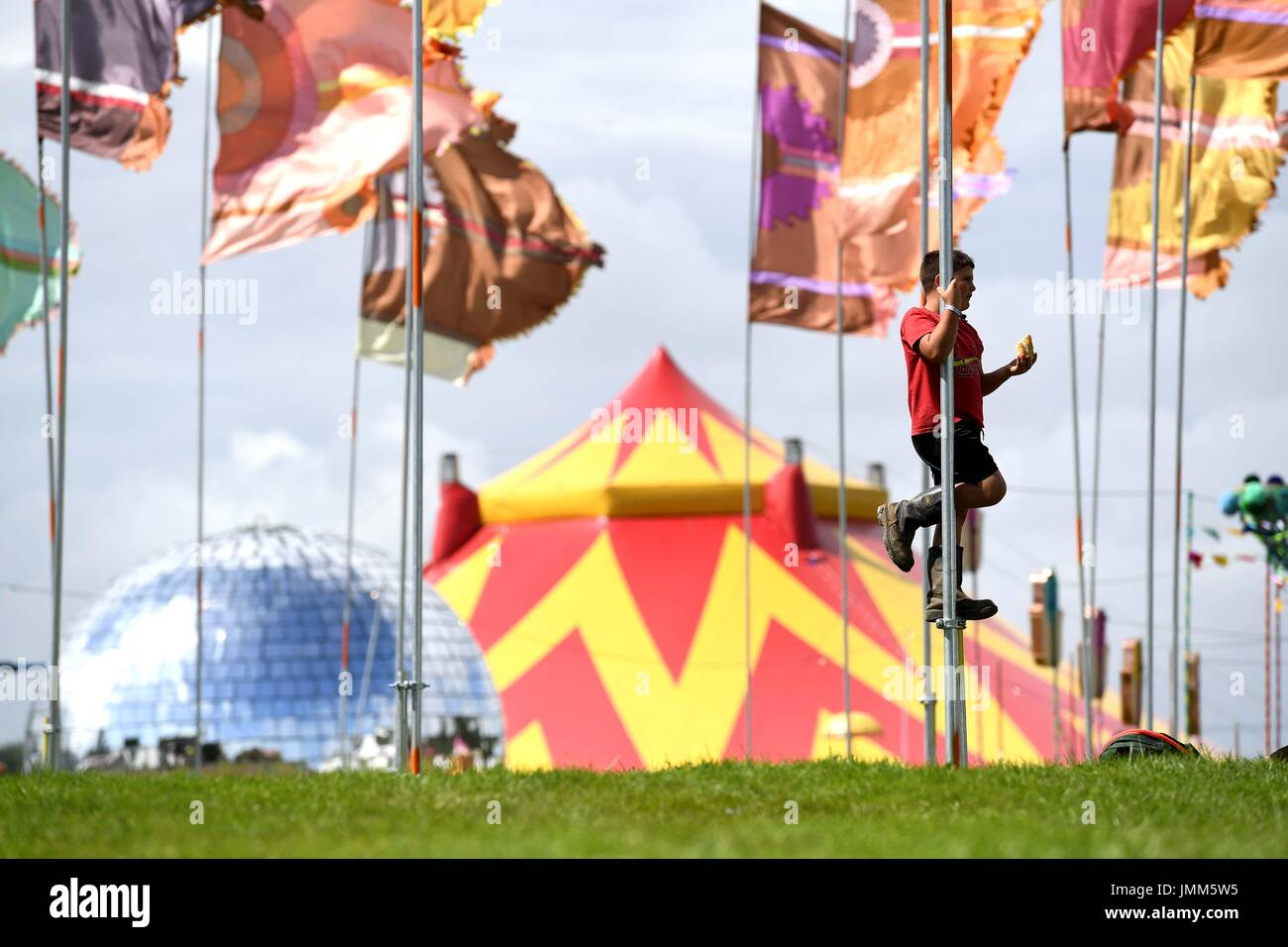 Dorset, UK. 27 juillet, 2017. Camp Bestival ouvre, Dorset, UK Crédit : Finnbarr Webster/Alamy Live News Photo Stock