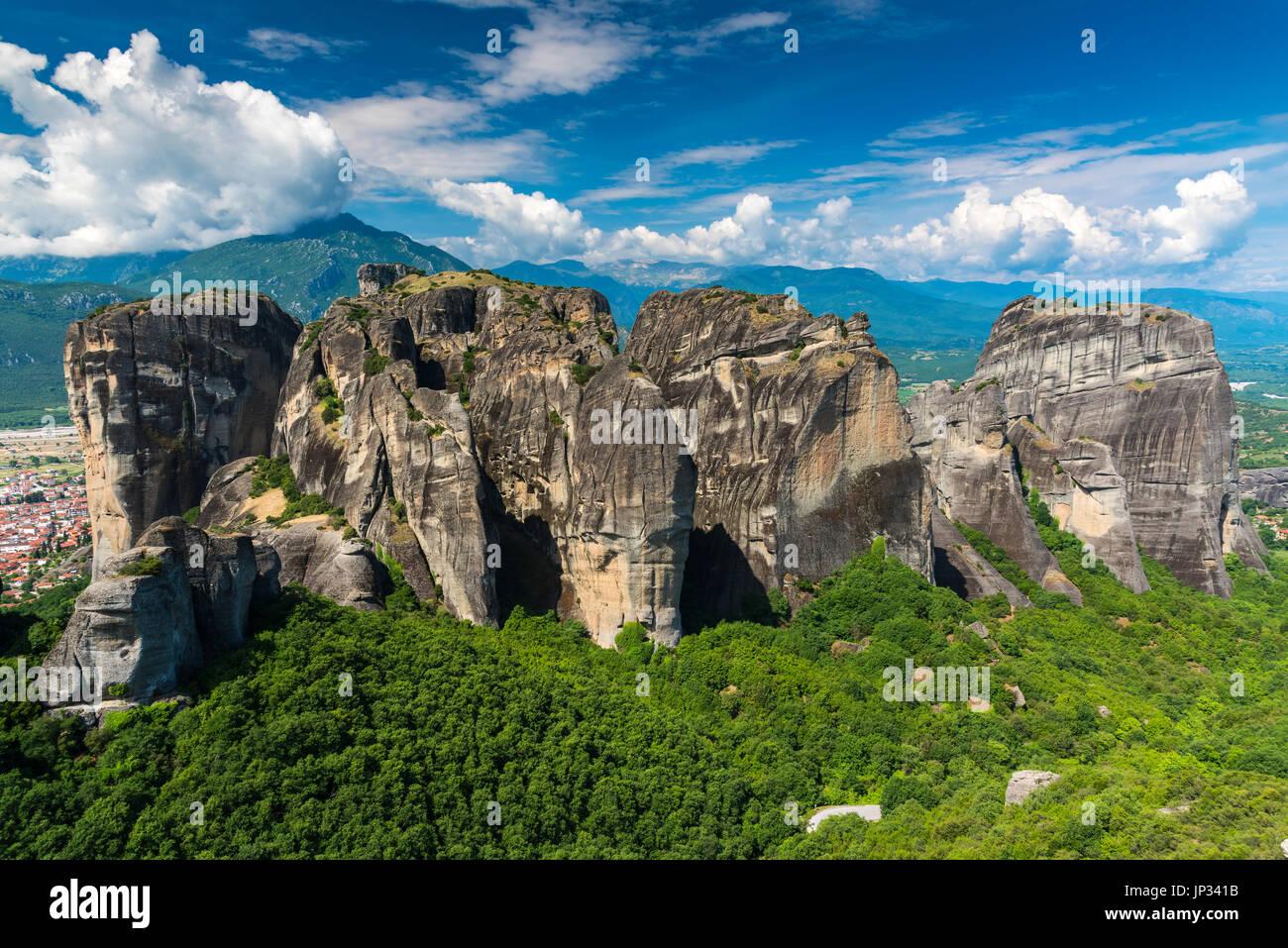 Le massif rocheux escarpés spectaculaire des météores, Thessalie, Grèce Photo Stock