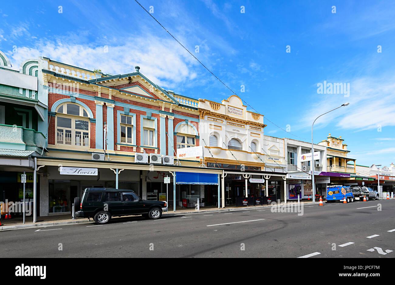 Bâtiments coloniaux en centre-ville, Adelaide Street, Cairns, Queensland, Queensland, Australie Photo Stock