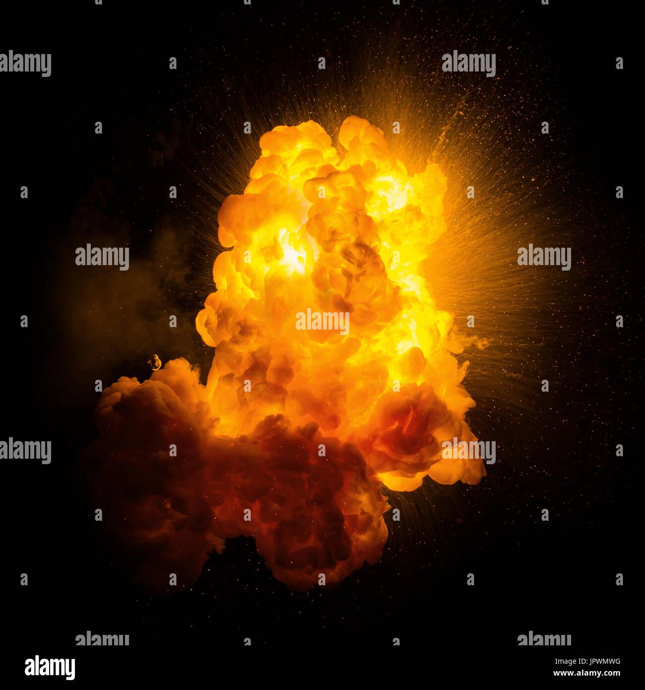 fiery r u00e9alistes avec une explosion d u0026 39  u00e9tincelles sur un