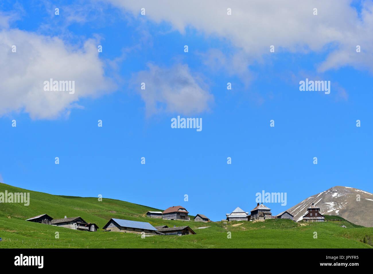 Fermes Hight au Col des Annes - Massif des Aravis France Banque D'Images