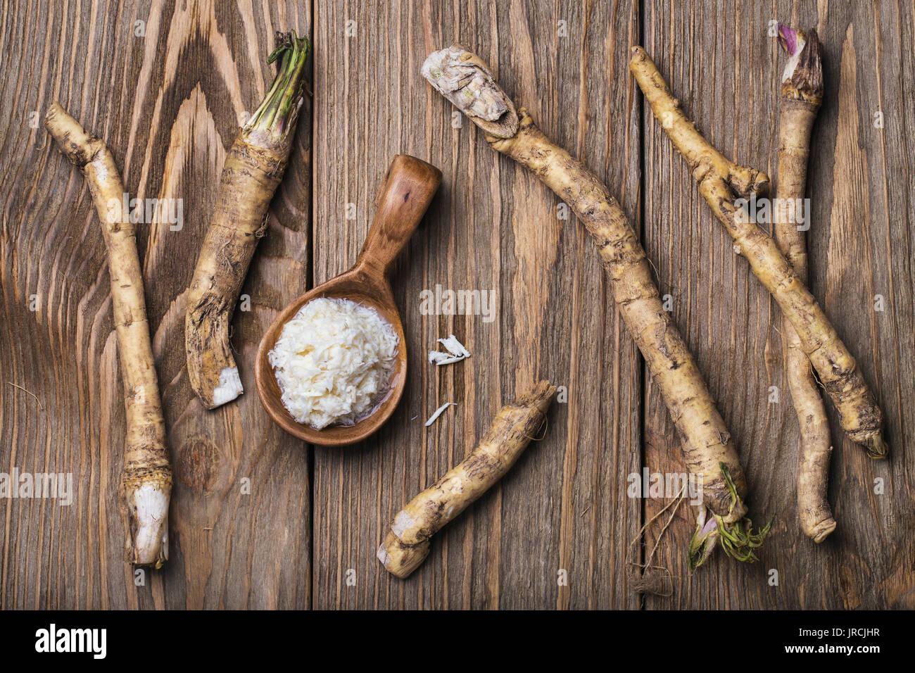 Assaisonnement de raifort râpé, vue du dessus Photo Stock