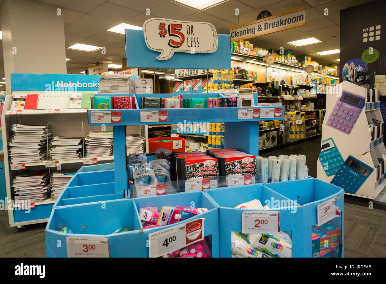 a49f517c0c Staples Store In New York Photos & Staples Store In New York Images ...
