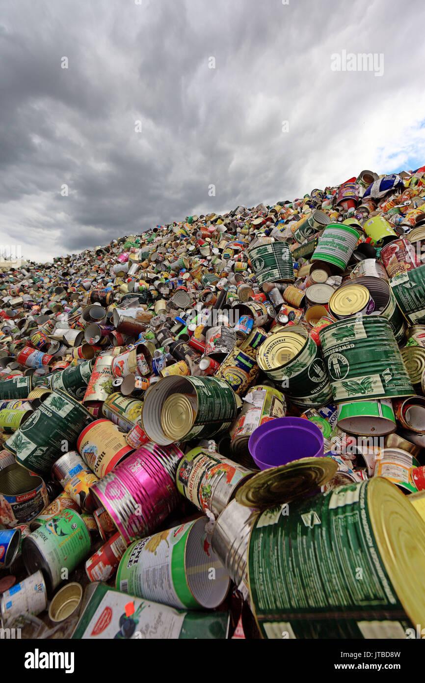 L'industrie des déchets, au recyclage, canettes de boissons, étamé, Abfallwirtschaft, Lager zum Recyclage, Getraenkedosen, Weissblech Photo Stock