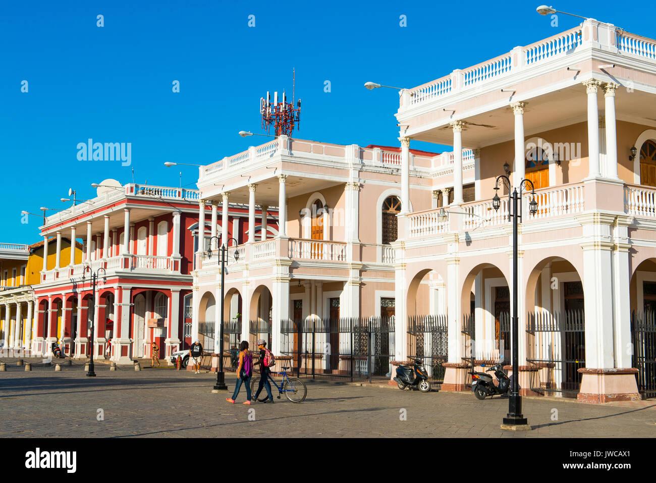 Rangée de maisons, l'architecture coloniale, le centre historique, Granada, Nicaragua Photo Stock