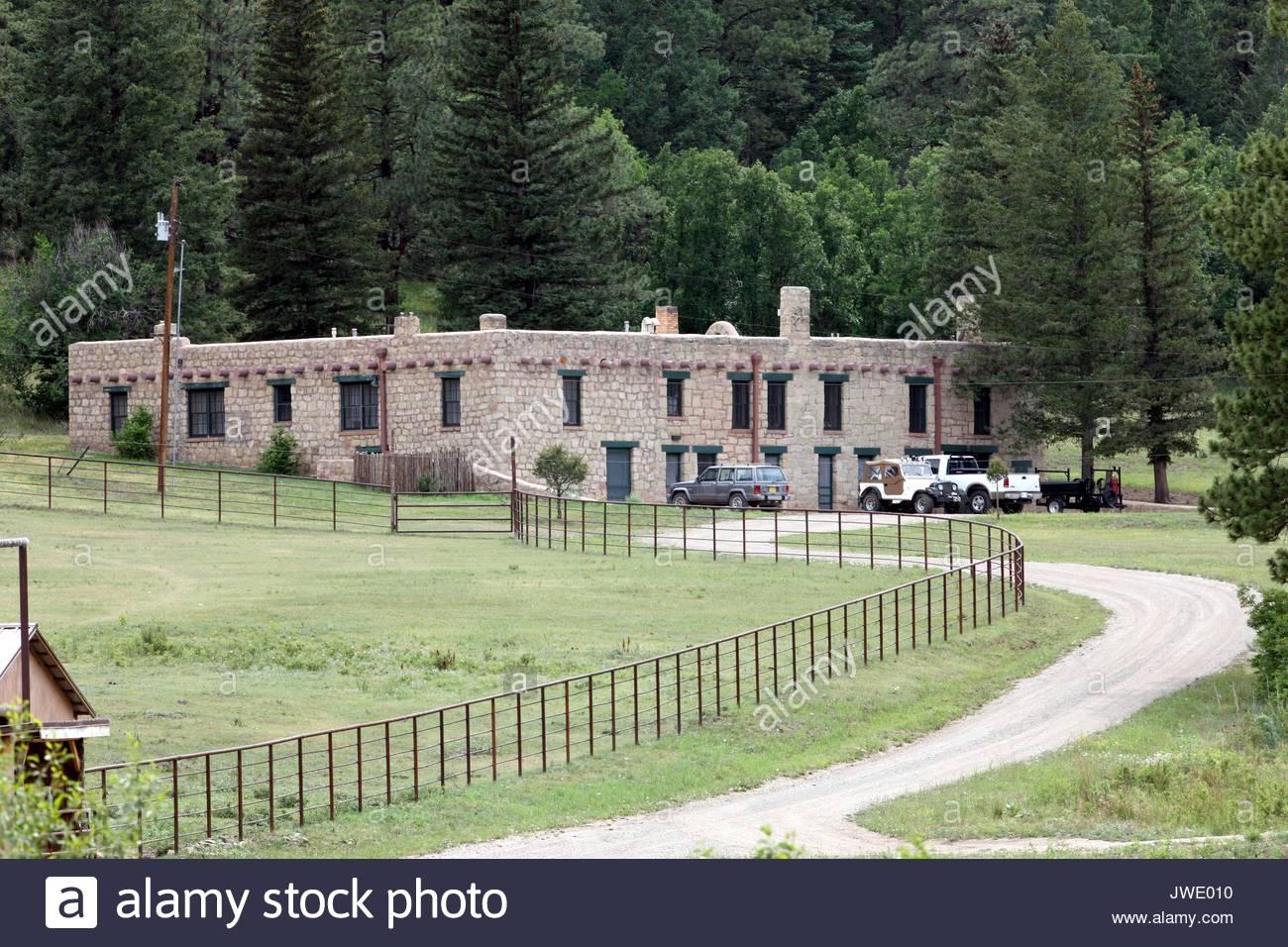 Vues g n rales de patrick swayze 39 s ranch maison pr s de las vegas nouveau mexique banque d - Maison las vegas ...