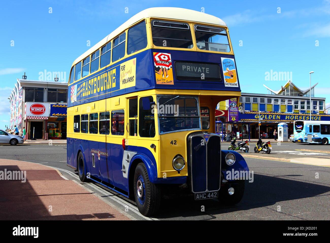 Eastbourne préservé Corporation FIAT 471 bus à double étage de 442 AHC vu sur une visite à Southsea. Banque D'Images