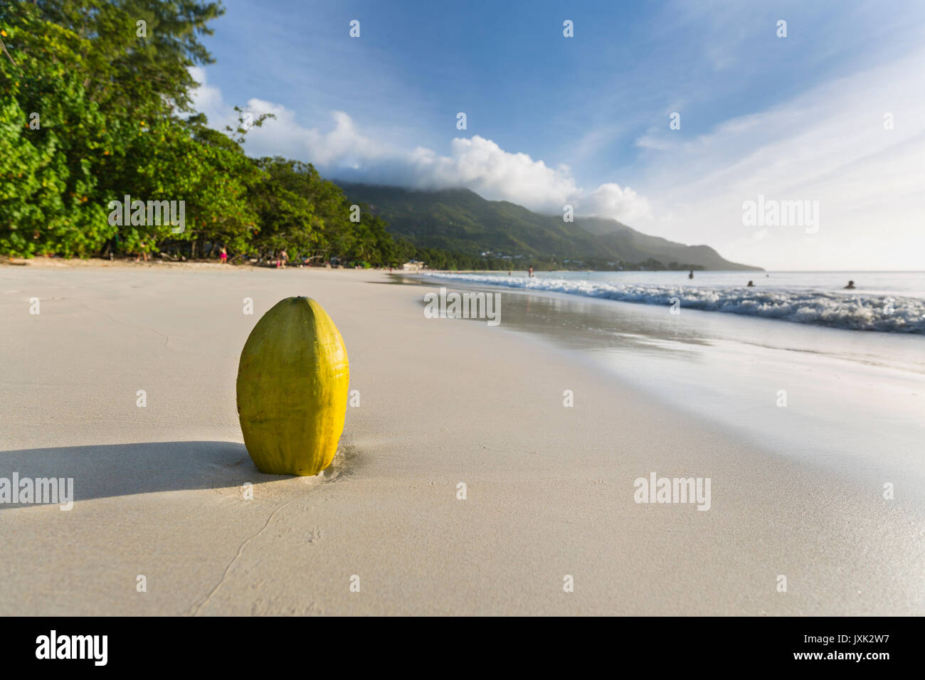 Seychelles mahe people photos seychelles mahe people for Piscine frais vallon