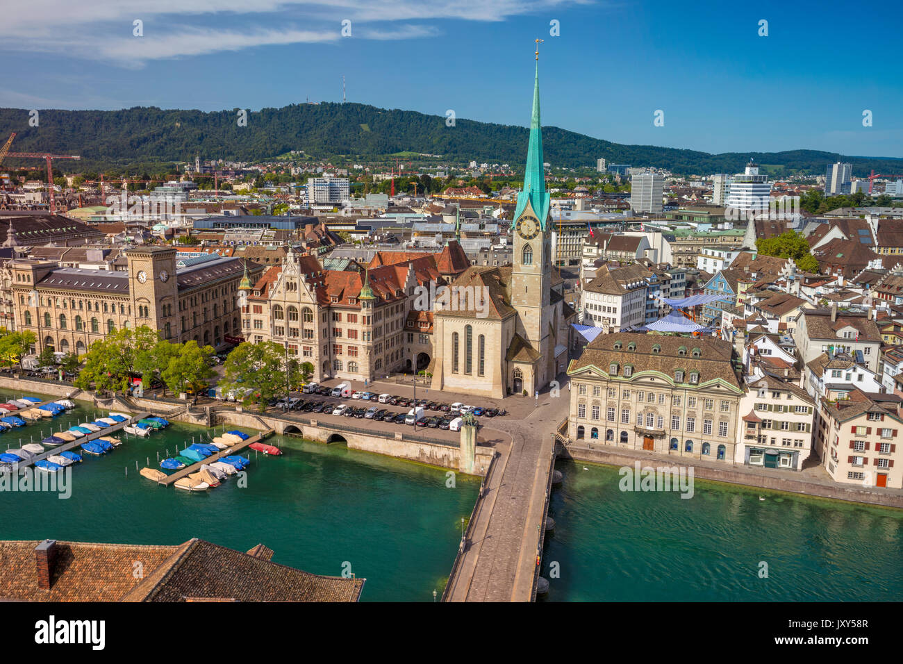 Zurich. Image aérienne de Zurich, Suisse au cours de l'été ensoleillé matin. Banque D'Images