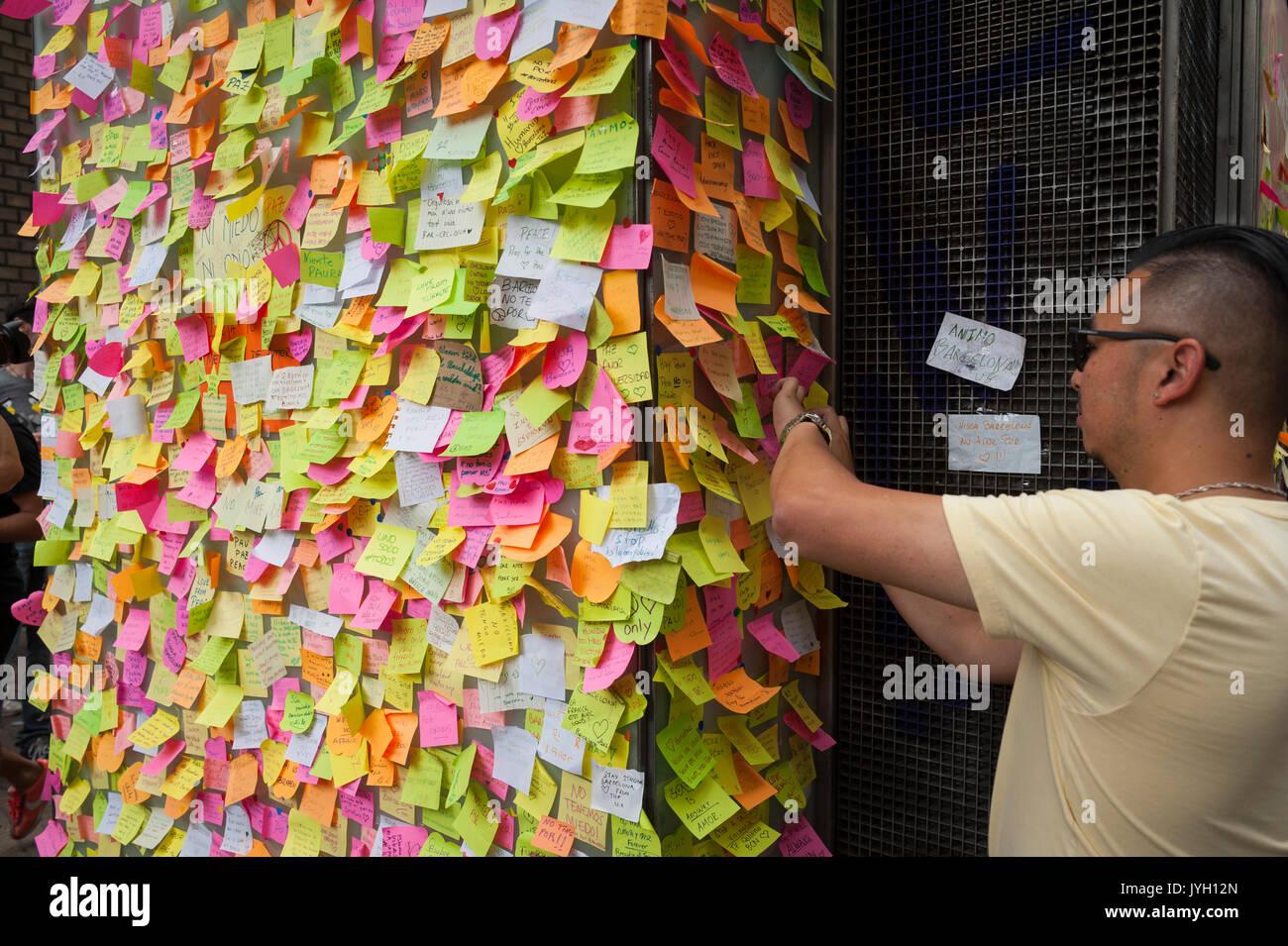 Barcelone, Catalogne, Espagne. Août 19, 2017. Hommages aux victimes de l'attaque de Barcelone. Crédit: Charlie Perez/Alamy Live News Banque D'Images
