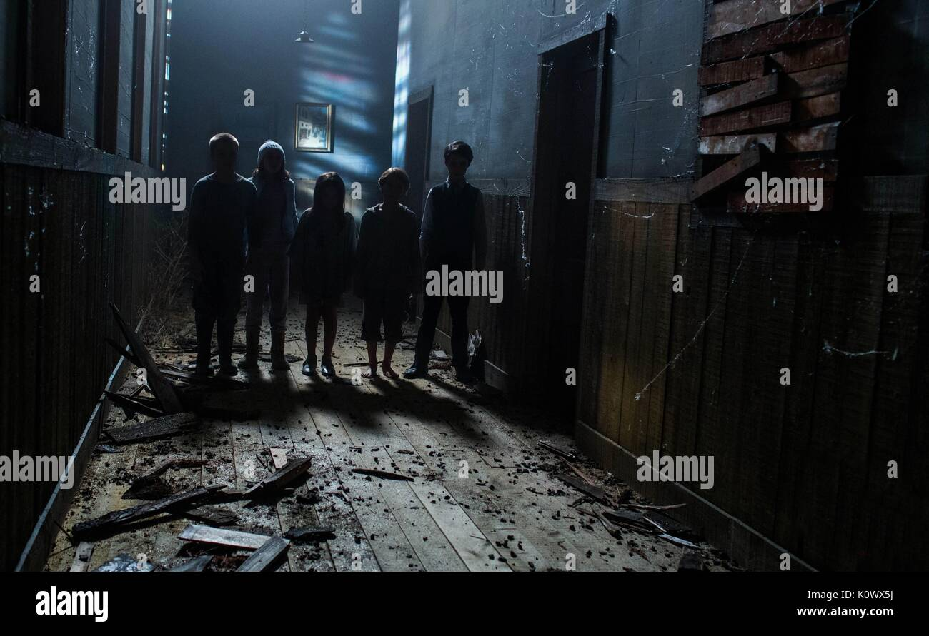 Enfants 2 sinistre sinistre; II (2015) Photo Stock