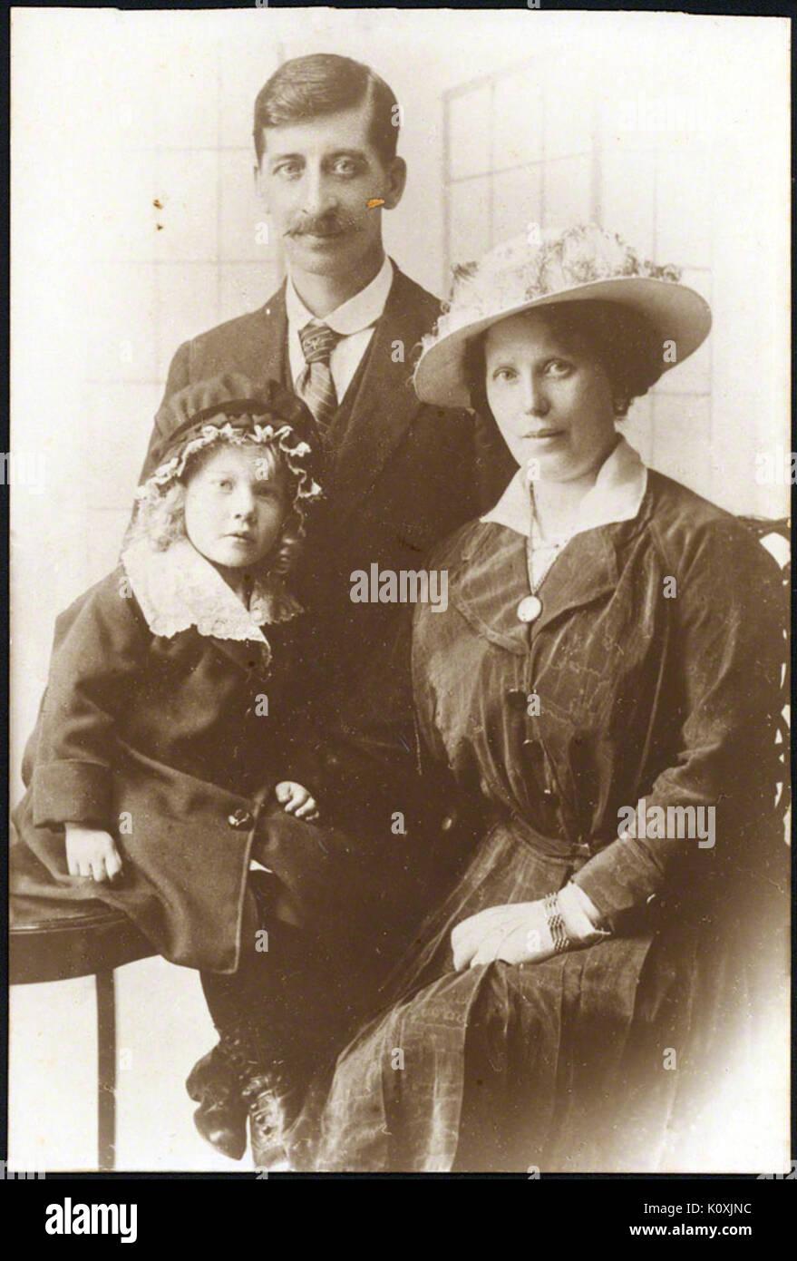 Alfie Fripp et parents Photo Stock