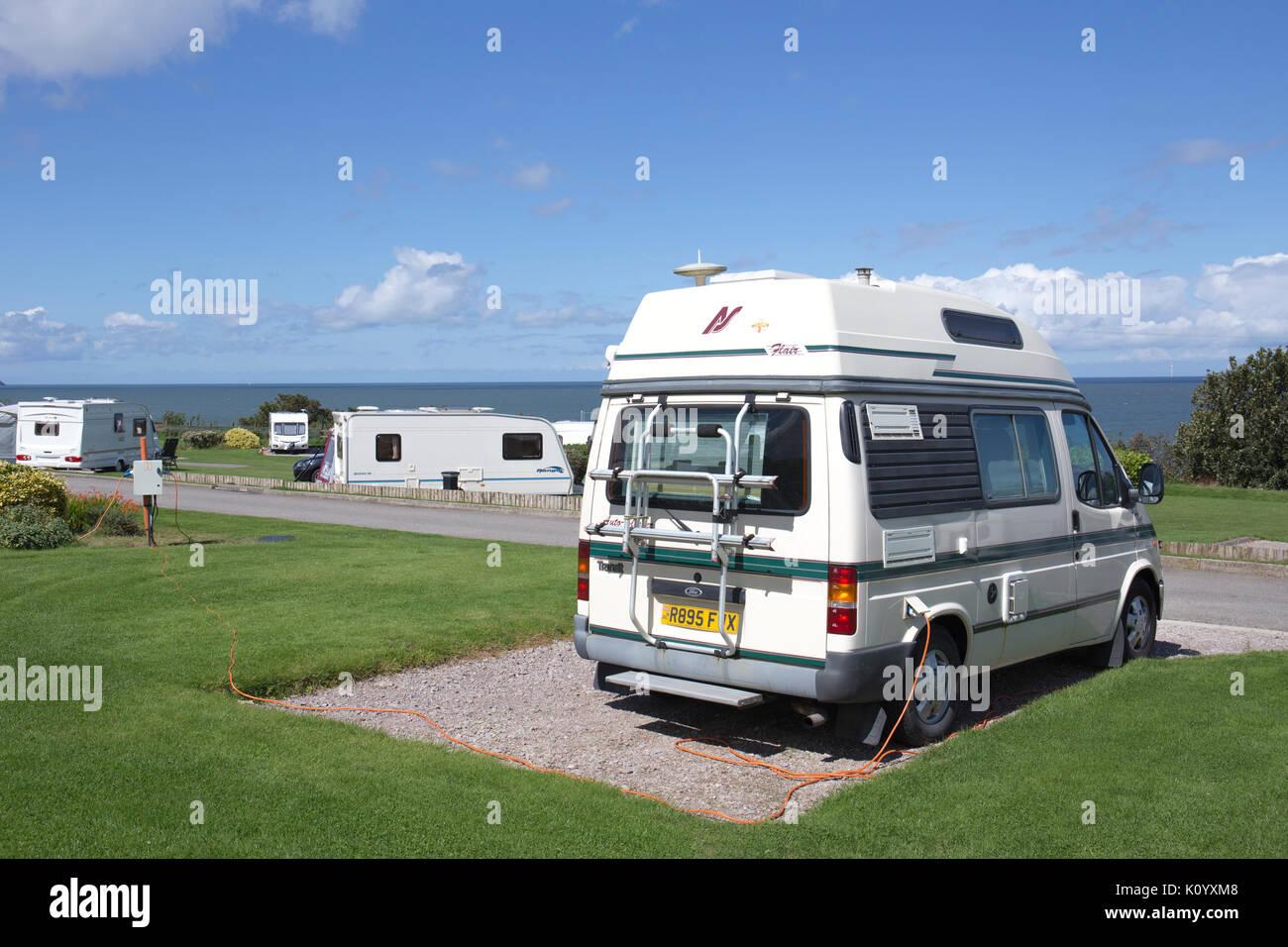 Flair Ford auto sleeper sur Bron-Y-Wendon camping dans Llandddulas Wales UK Photo Stock