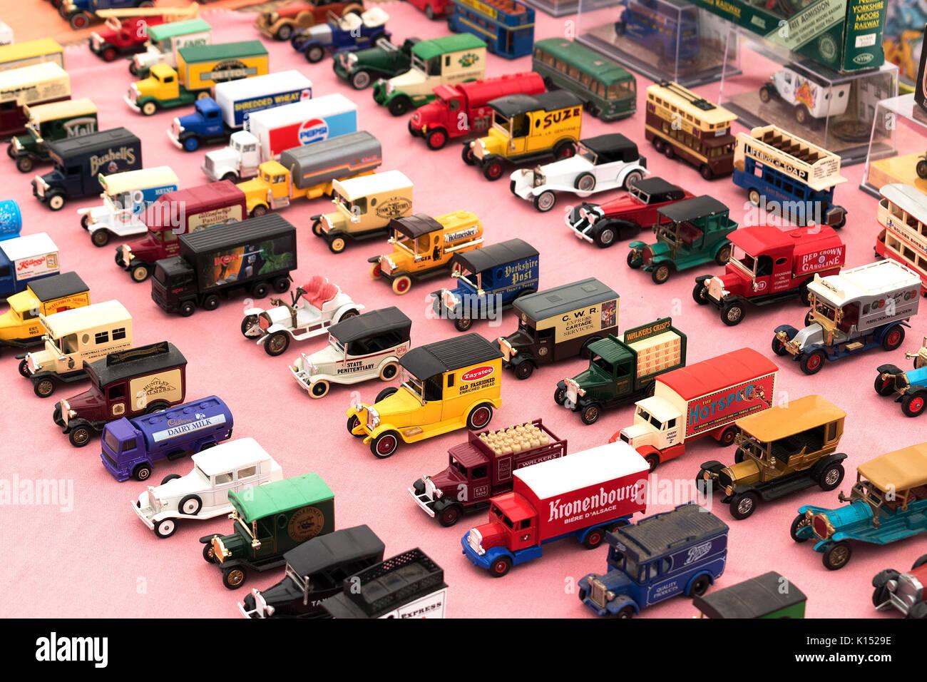 Un modèle de petite voiture collection Photo Stock