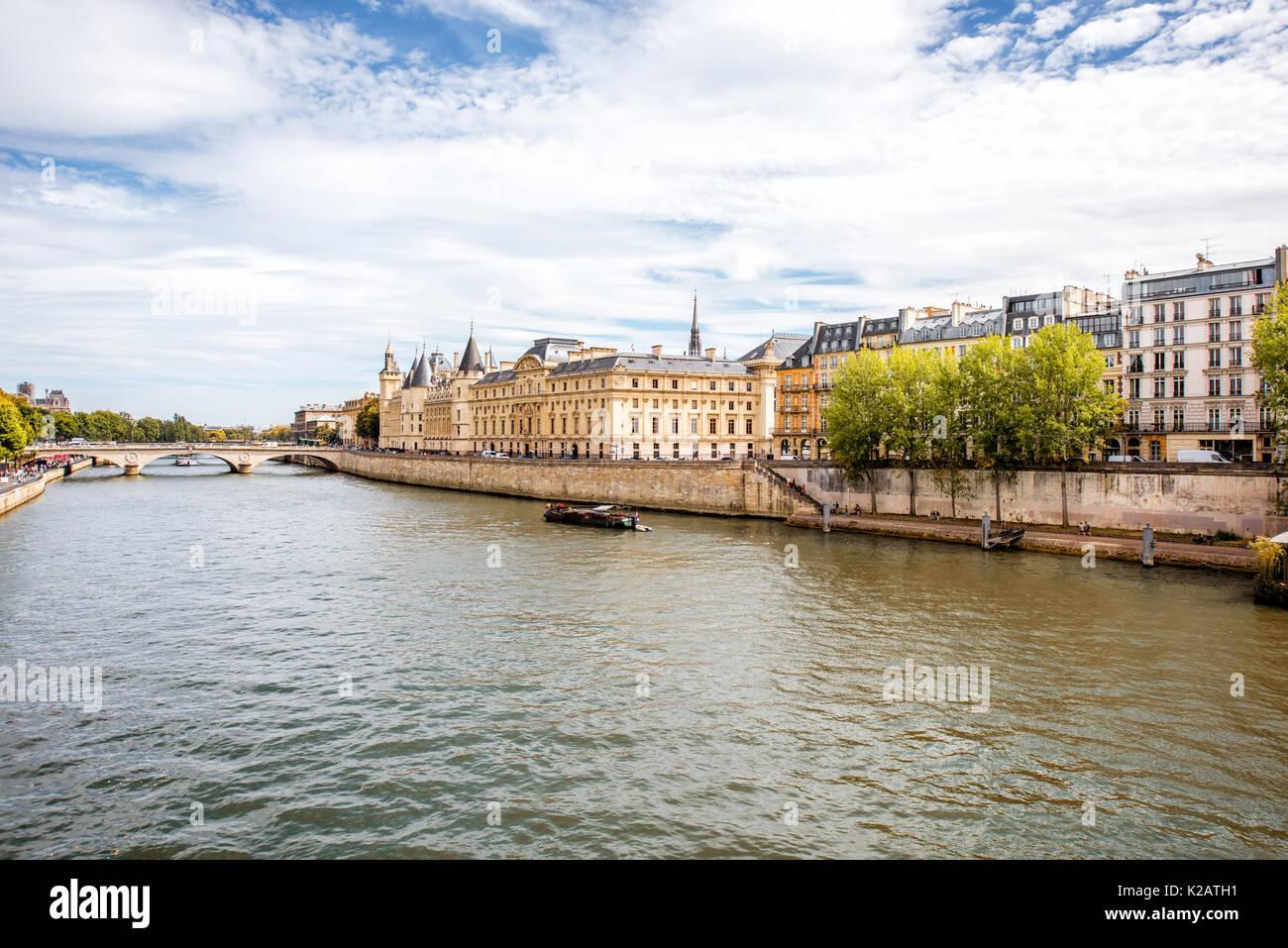 Cityscape sur Paris Photo Stock