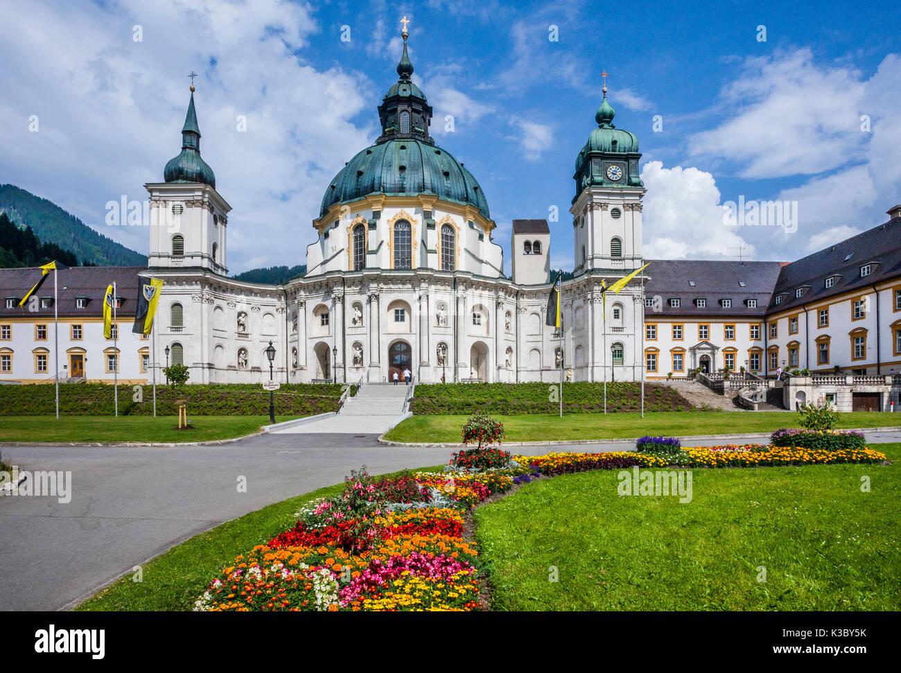 Germany, Bavaria, monastère bénédictin Ettal, vue de la façade de l'église baroque de l'abbaye Ettal Photo Stock