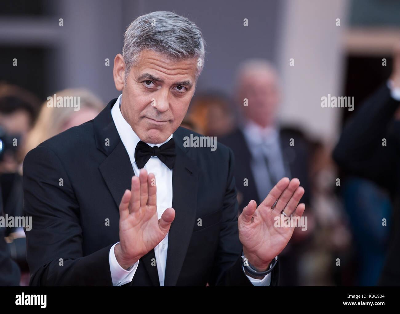 """Venise, Italie. 2Nd Sep 2017. George Clooney directeur assiste à la première du film """"uburbicon' en compétition Banque D'Images"""