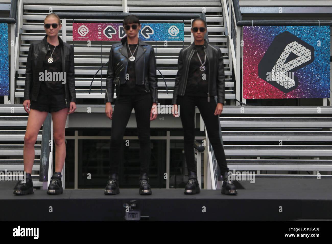 Londres, Royaume-Uni. 3 Septembre, 2017. Deuxième piste de Londres show vu designers Spin Doctor 2 ,Lindy Pop,Rock,de nouveaux Cœurs et Roses,Londres,belle et lumineuse et collective Dr Faust. Crédit: Paul/Quezada-Neiman Alamy Live News Banque D'Images