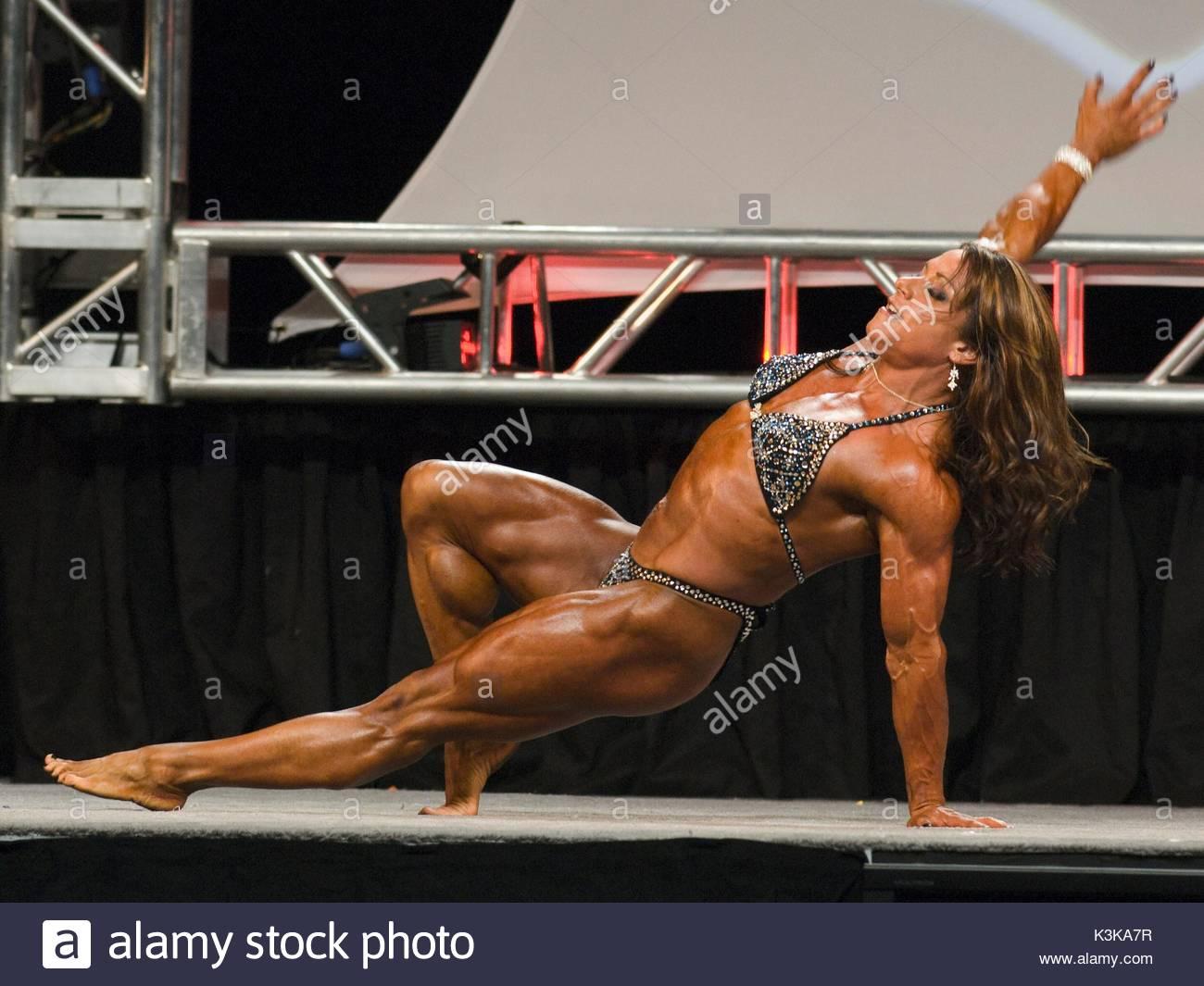 Sarah Dunlap à l Olympia 2007 Mme Musculation Finale du concours ... 6baace19236
