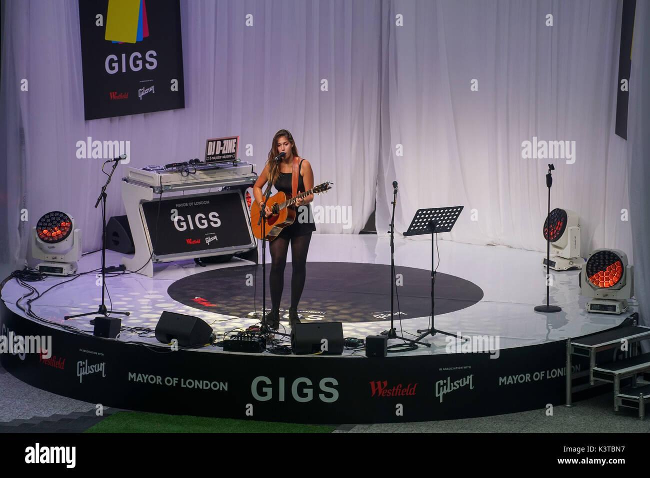 Londres, Royaume-Uni. Sep, 2017 3. Natalie guest Specail deux fois gagnant Shay en 2012 & 2015 fonctionne à la maire de Londres Concerts à Westfield London. Credit: Voir Li/Alamy Live News Banque D'Images