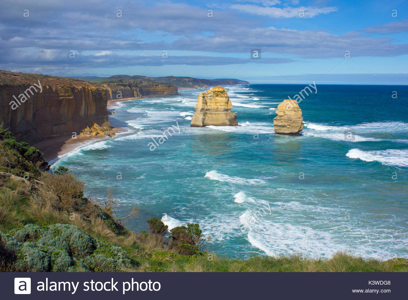 Deux sommets de roche au douze apôtres à Port Campbell National Park, en Australie. Photo Stock
