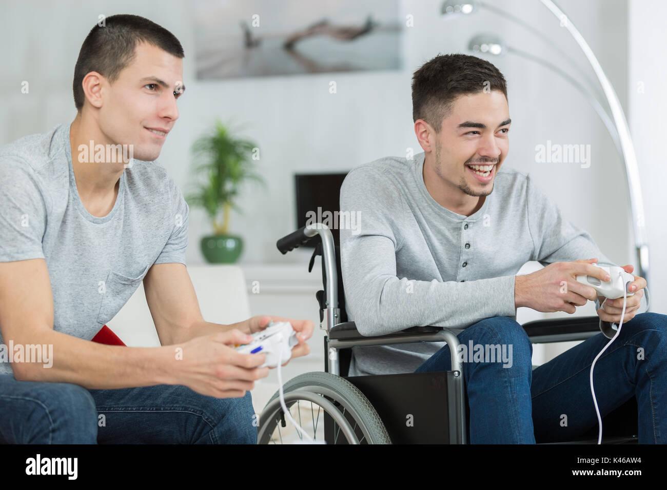 en fauteuil roulant vidéos de sexe garçon gay adolescent sexe