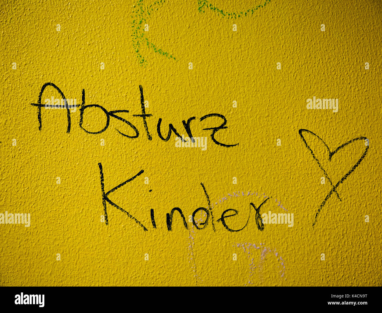 La culture des jeunes, la petite enfance, la société frontière Graffiti Photo Stock