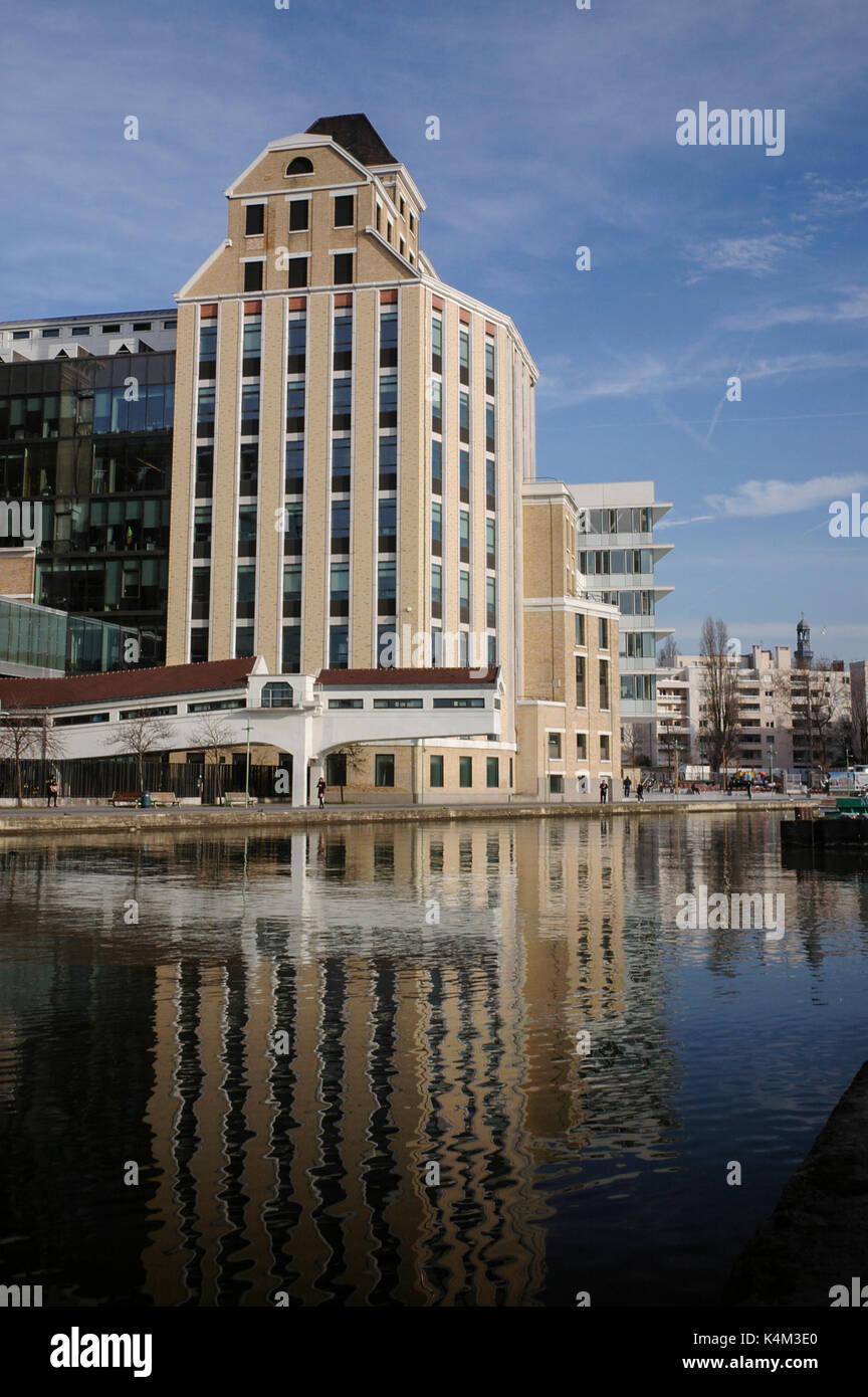 PARIS PANTIN GRANDS MOULINS ET CANAL - PARIS URBANISME - Rénovation de bâtiments - GRAND PARIS - PARIS CANAL © Frédéric Beaumont Banque D'Images