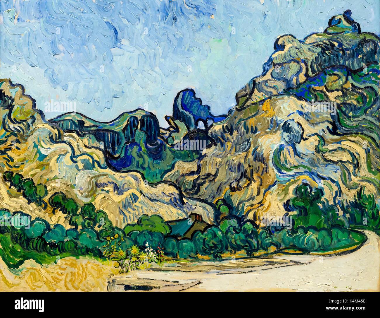 Montagnes à Saint-Remy avec chalet, par Vincent van Gogh, 1889, Solomon R. Guggenheim Museum, Manhattan, New York City, USA, Amérique du Nord Photo Stock