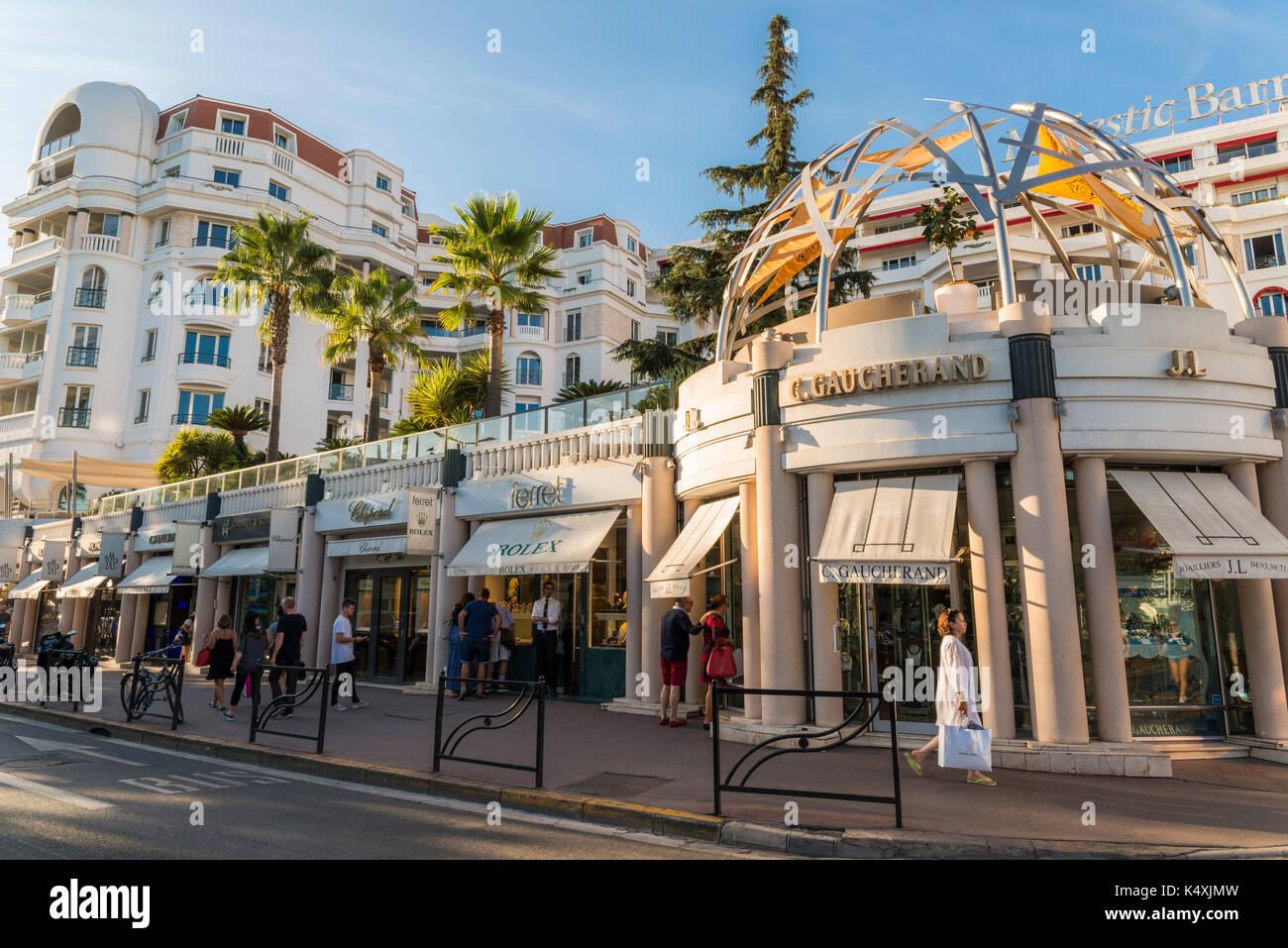 Boutiques de luxe, y compris dans la Rolex, quartier la Croisette de Cannes, 3ae1180f786