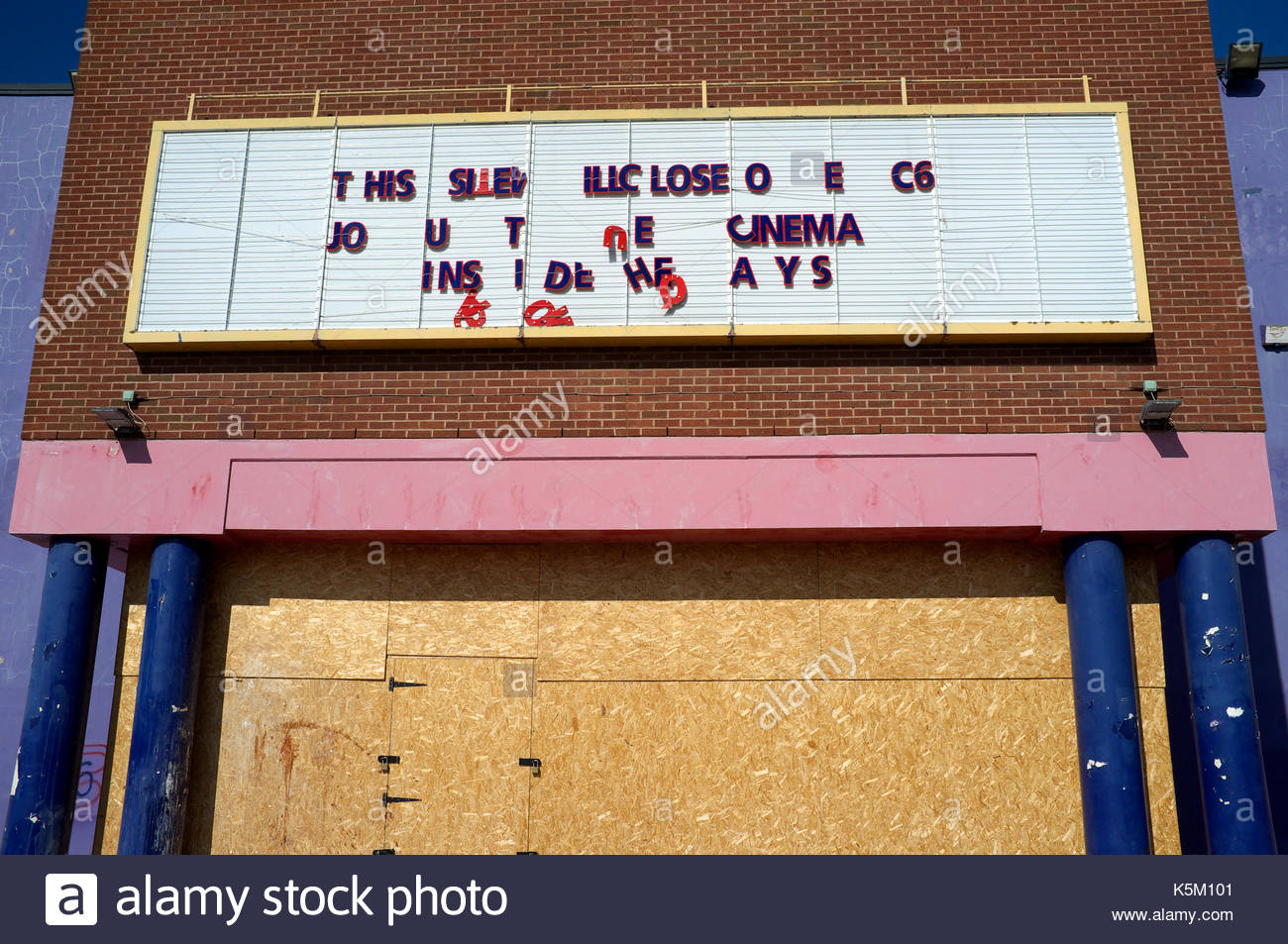 Un cinéma Cineworld fermé à la Peel-centre de Gloucester, Royaume-Uni. Photo Stock