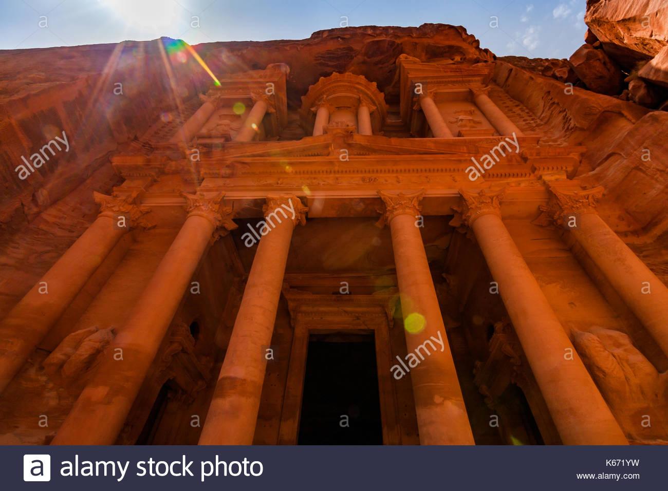 Al khazneh - le conseil du trésor, l'ancienne cité de Pétra, en Jordanie. Photo Stock