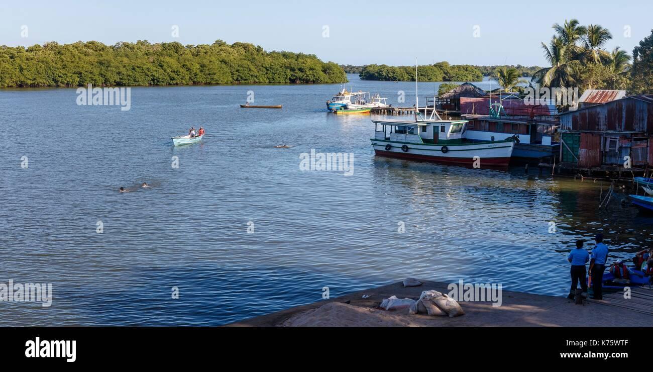 Le Nicaragua, au sud de la côte des Caraïbes, région autonome Pearl Lagoon, le port sur la lagune Banque D'Images