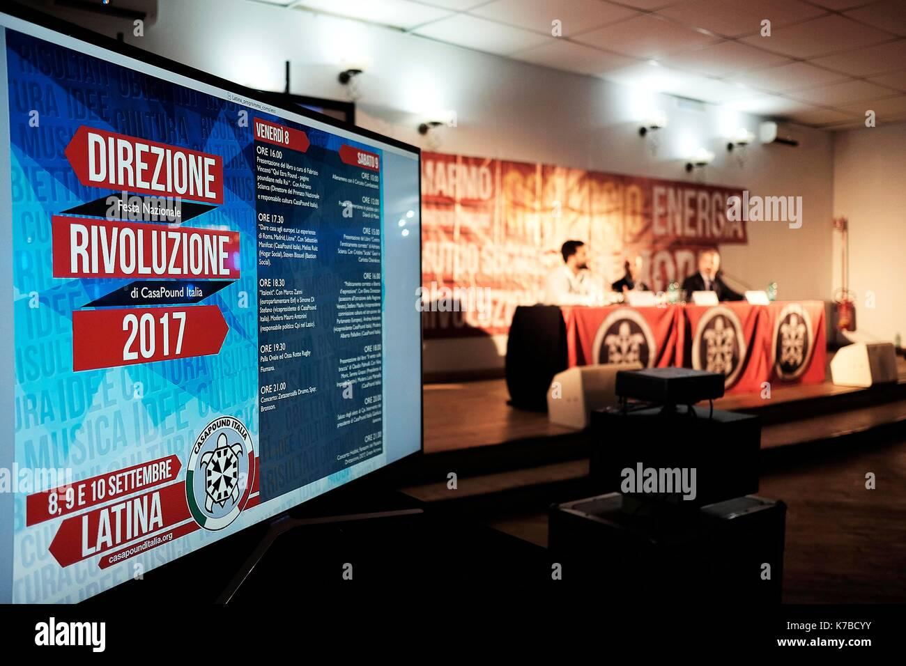 Italie, Latina, 09 septembre 2017: réunion annuelle de casapound, mouvement de l'extrême droite italienne. partisans réunis dans un camping à l'outsk Photo Stock