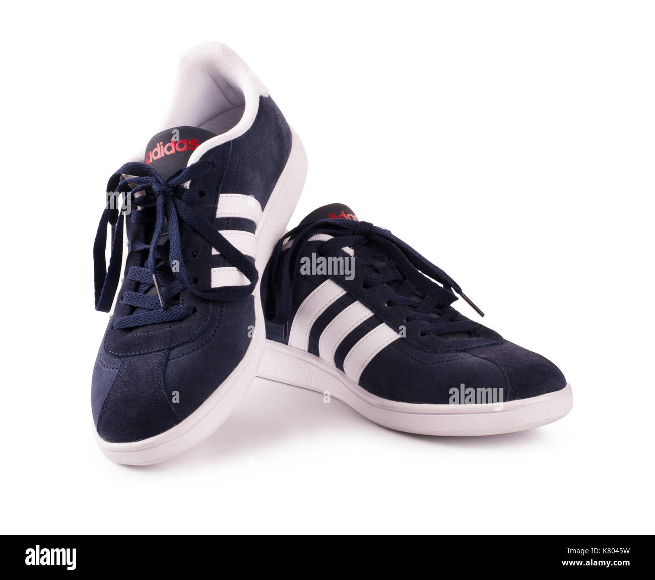 adidas chaussure russe