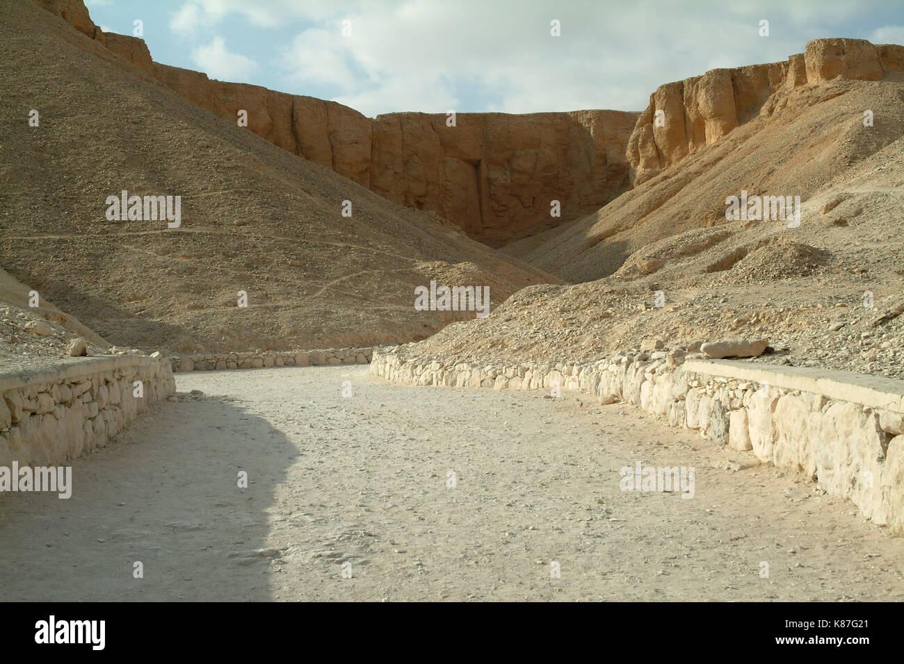 Les tombes de la Vallée des Rois sans peuple, Thèbes, Louxor, Site du patrimoine mondial de l'UNESCO, l'Égypte, l'Afrique du Nord, Afrique Photo Stock