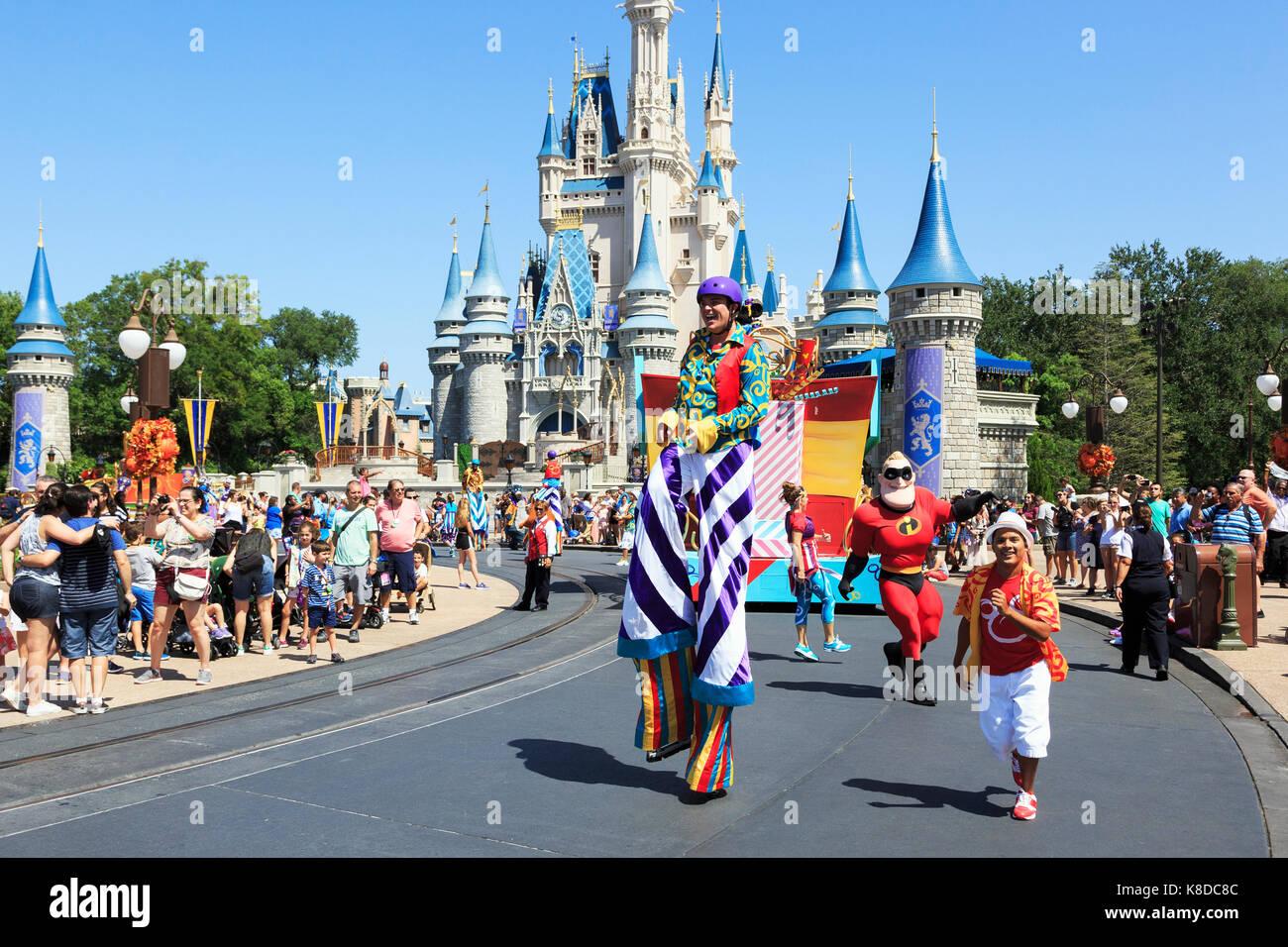 Animation de rue à Walt Disney's Magic Kingdom Theme Park, Orlando, Floride, USA Photo Stock
