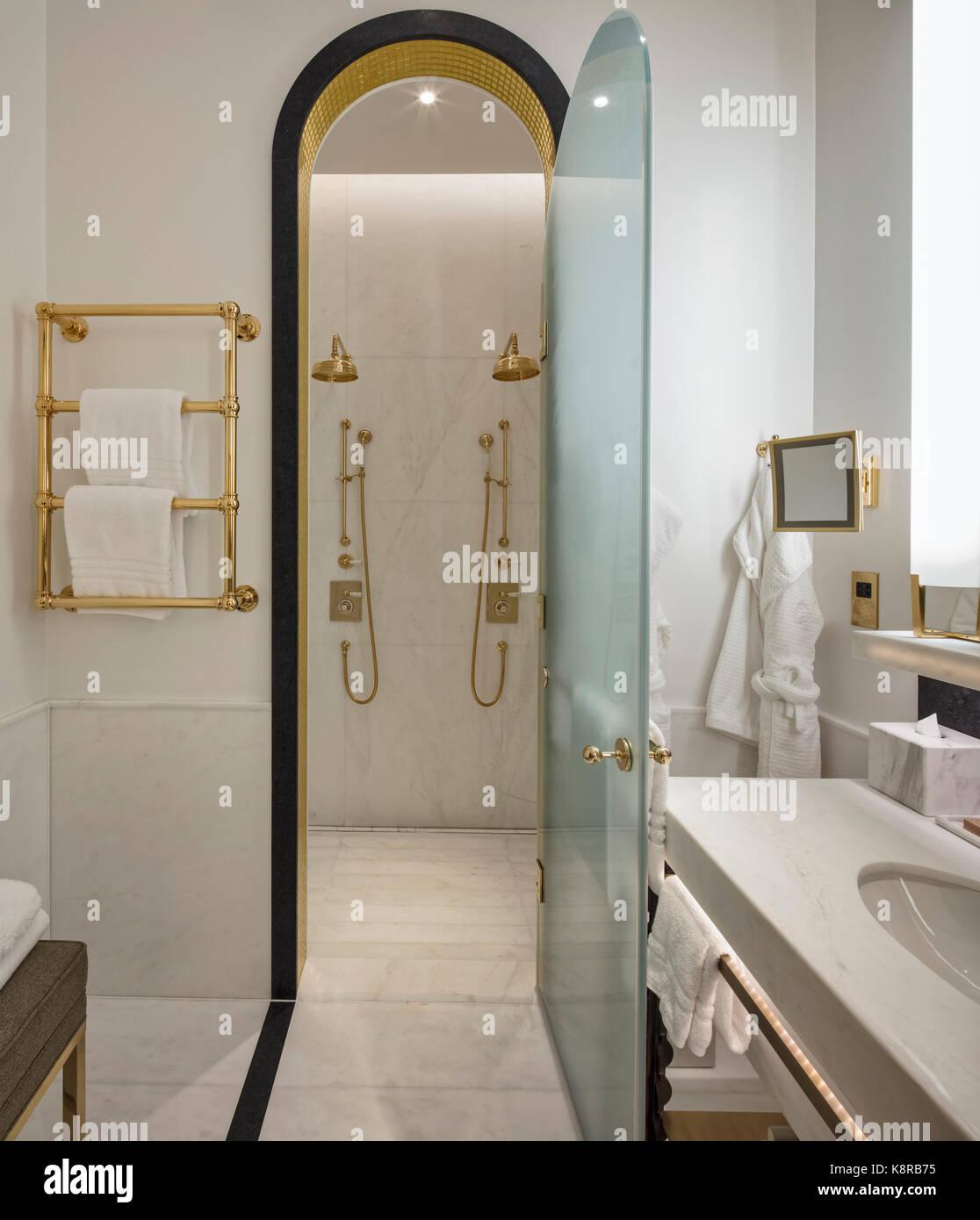 Salle De Bain Luxe Hotel ~ une salle de bains privative de luxe 10 la place de la trinit