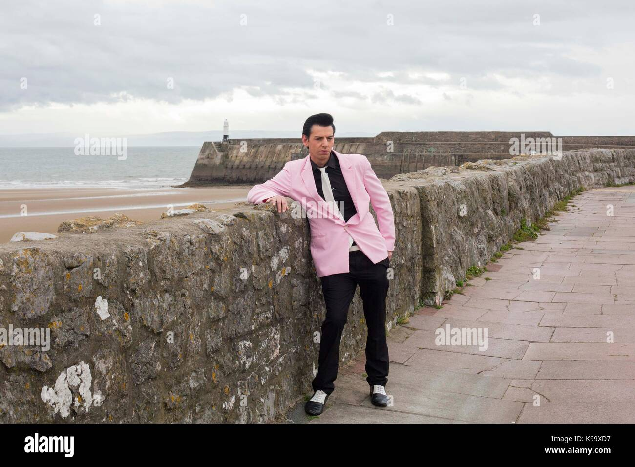 Porthcawl, Pays de Galles, Royaume-Uni. 22 sep, 2017. imitateur d'Elvis Presley memphis' 'carl, 30 ans, Photo Stock