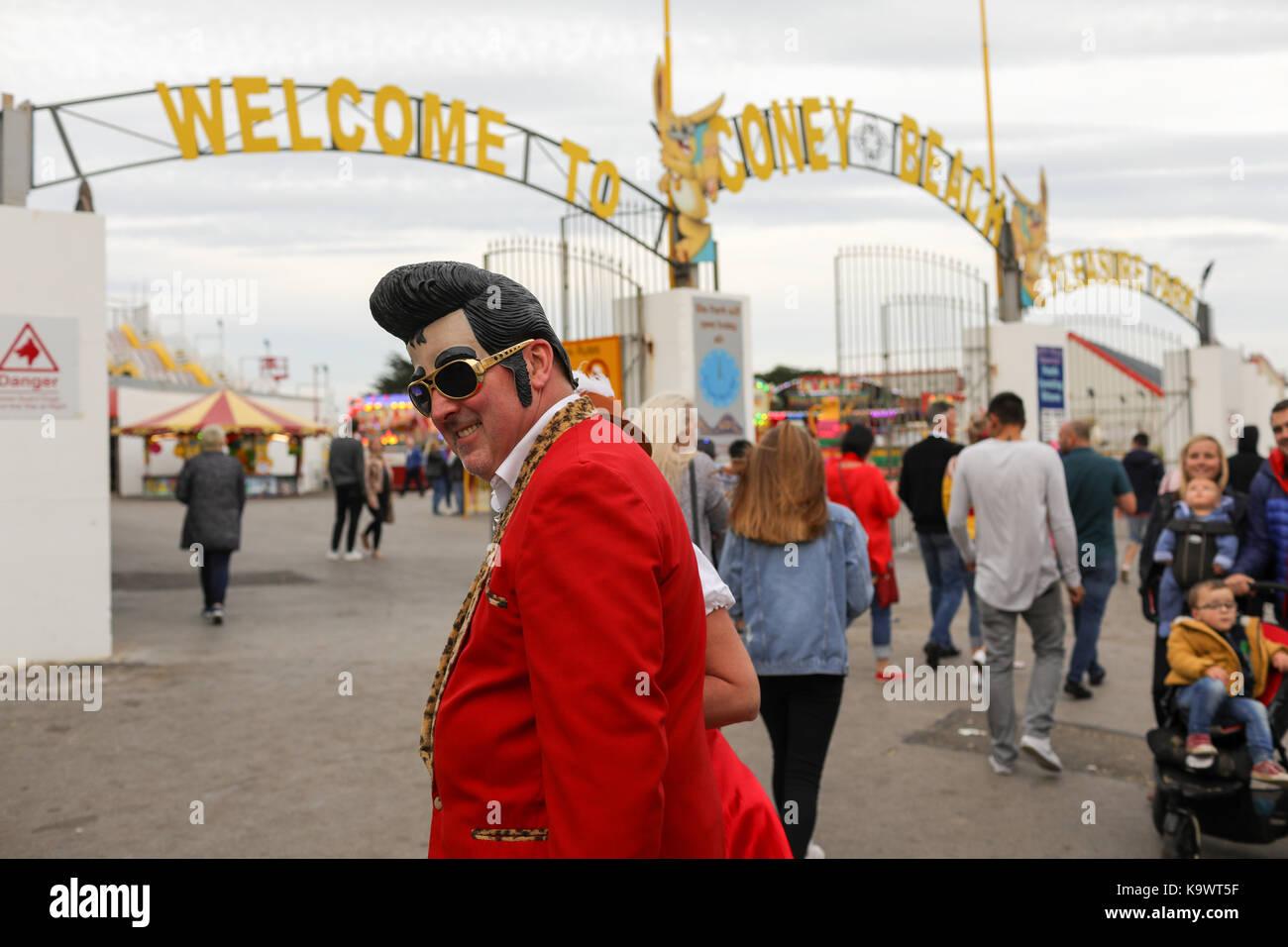 Porthcawl, Pays de Galles, Royaume-Uni. Samedi 23 Septembre 2017.Fans, des passionnés et des imposteurs assister Photo Stock